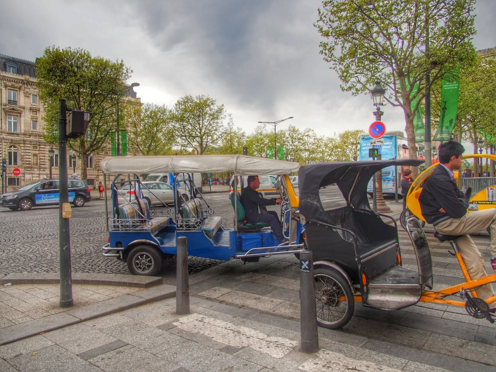 Paris Tuk Tuk